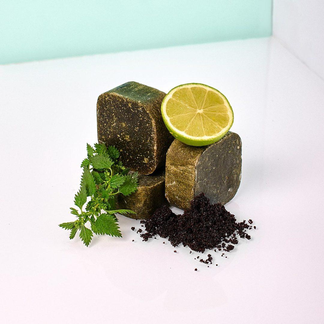 vegancare shampoobar itchingforit 4 min